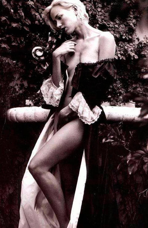Naomi Watts Desnuda Fotos Eróticas Antiguas 4