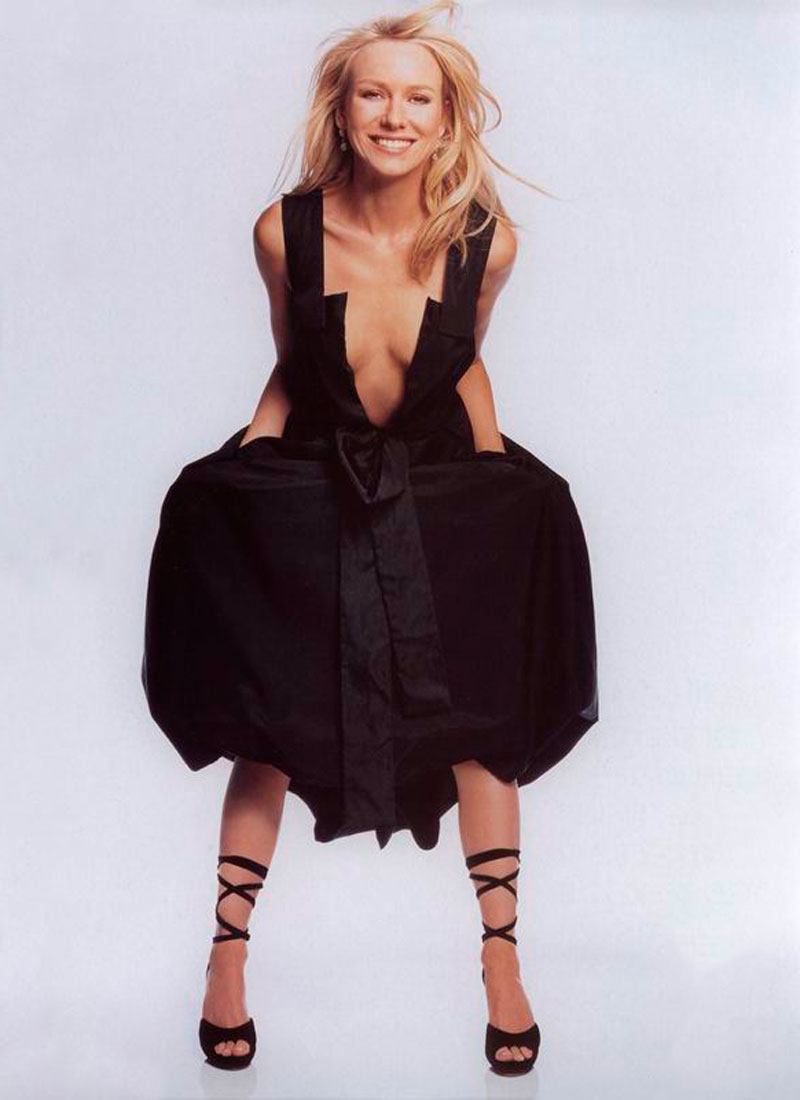 Naomi Watts Posado Erótico Revista Moda 2