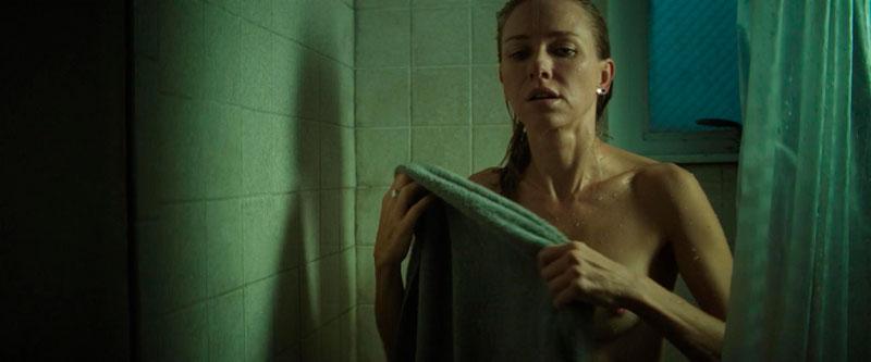 Naomi Watts Tetas Ducha Película 2