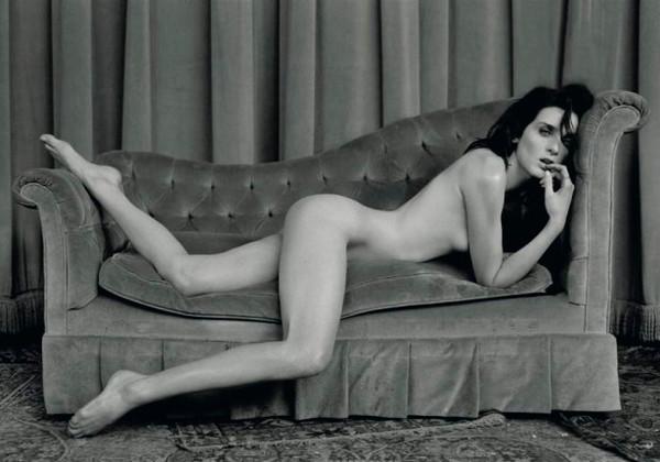 Actriz Hollywood Jennifer Connelly posando desnuda