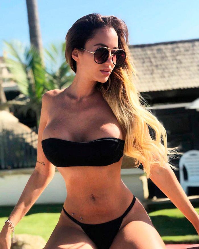 Aurah Ruiz en biquini