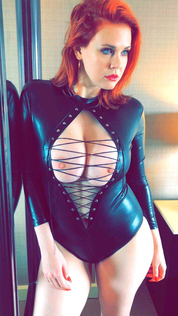 Maitland Ward sesión erótica y pornográfica