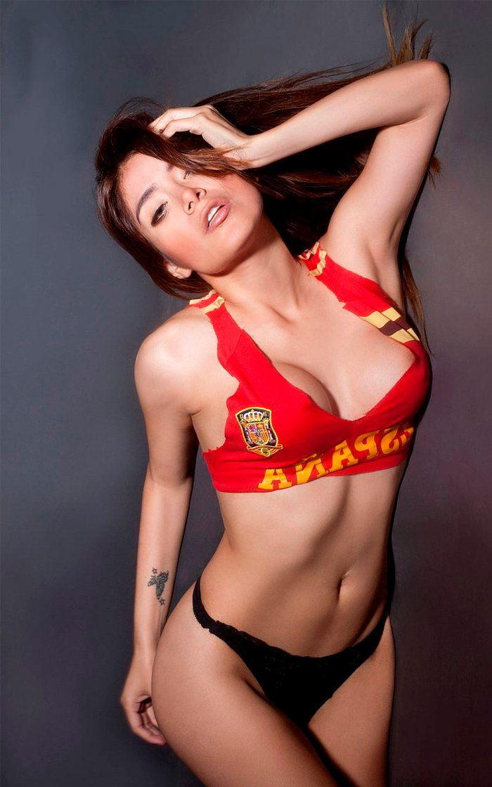 Miriam Saavedra posado erótico