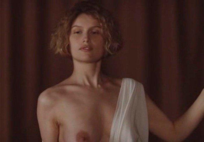 Laetitia Casta actuando en el cine