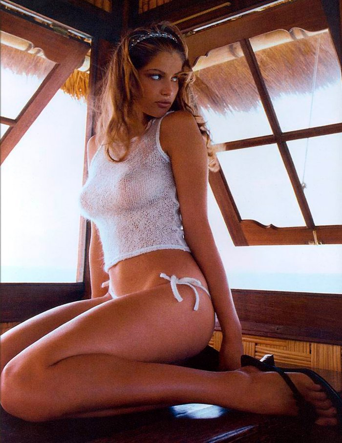 Laetitia Casta sensual y adorable