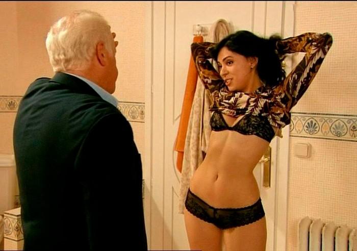 Ana Arias con lencería fina