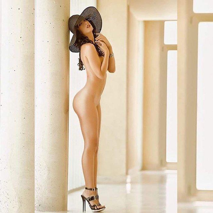 Posado erótico de Judit Benavente