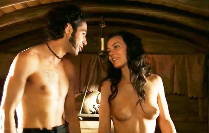 Vicky Luengo topless tetas película Carmen