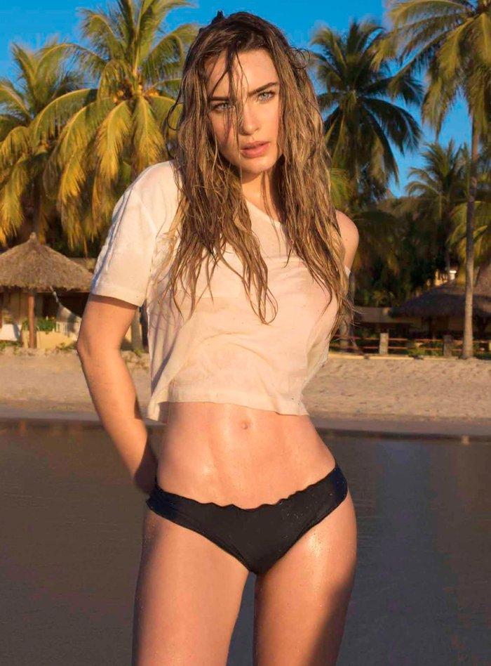 Belinda Peregrín fotos eróticas