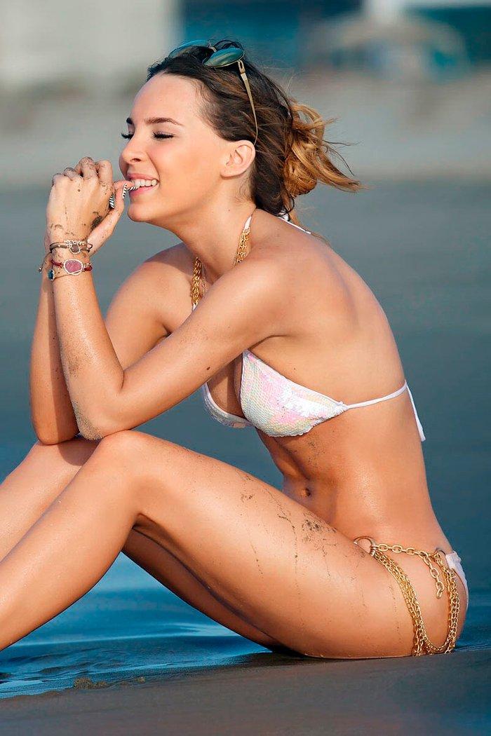 Belinda Peregrín muslos sexys