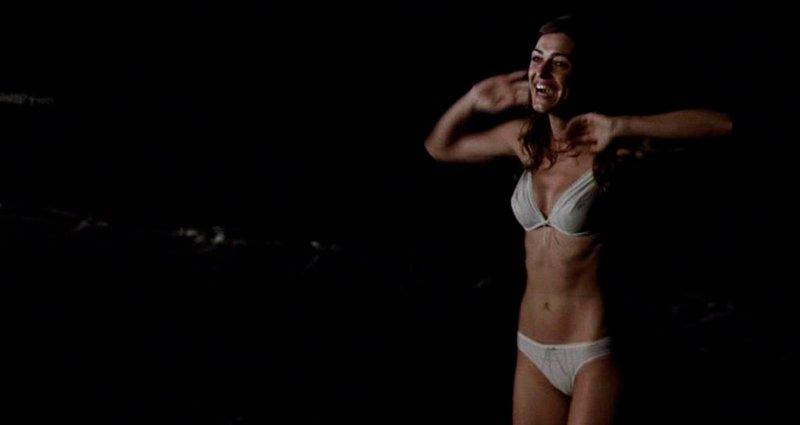 Olivia Molina en bikini
