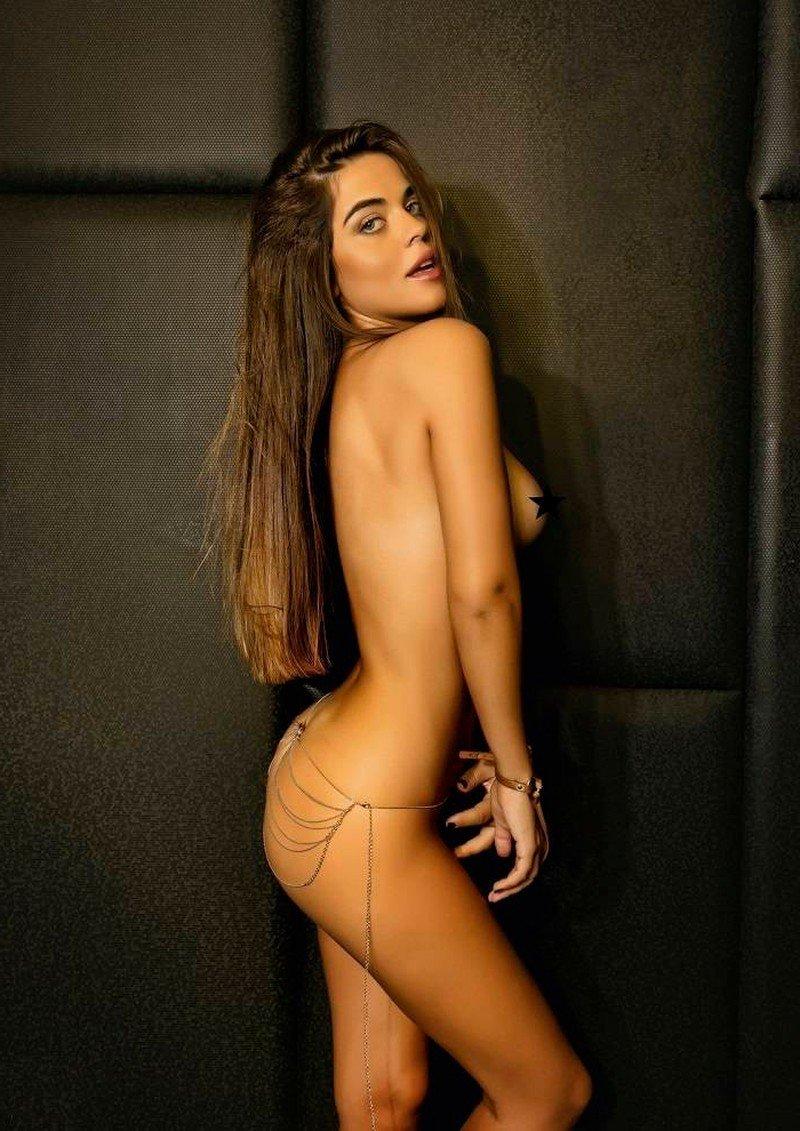 Violeta Mangriñán guapa y atractiva