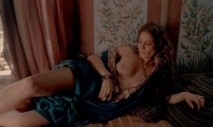 Lucía Jiménez desnuda en películas y series