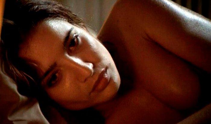 Lucía Jiménez en la cama