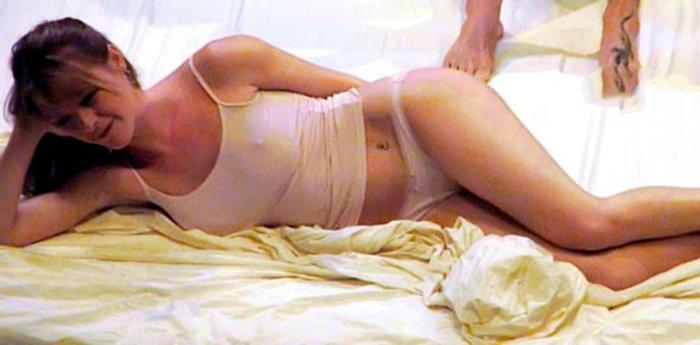María Esteve posando sexy