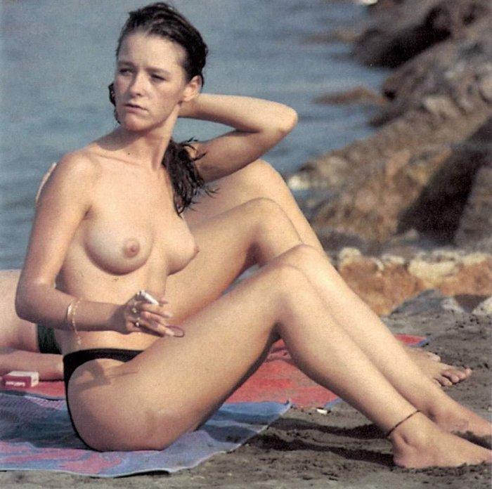 María Esteve Cuando La Hija De Marisol Se Desnuda Jaquemateateos