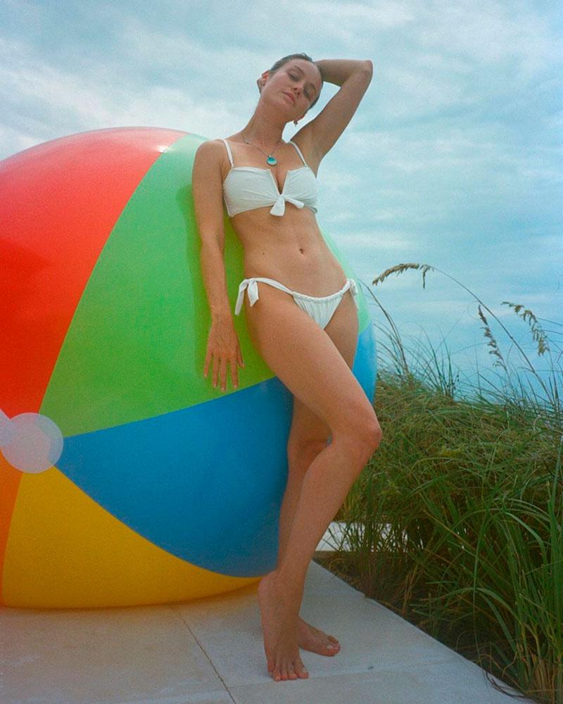 Brie Larson Bikini Foto Instagram