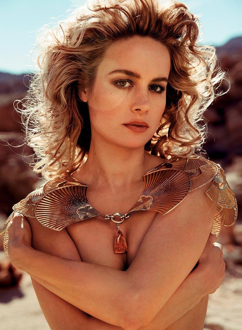Brie Larson Topless Posado Erótico