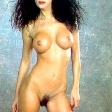 Frondoso coño Venere Bianca