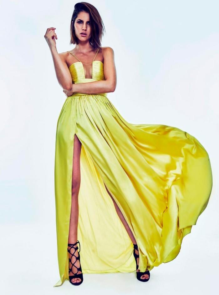 Michelle Calvó vestido provocativo