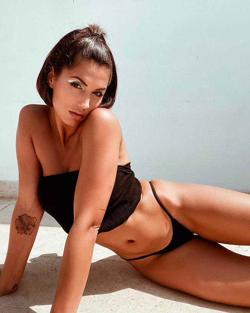 Michelle Calvó Bikini Sexy Provocativo 3