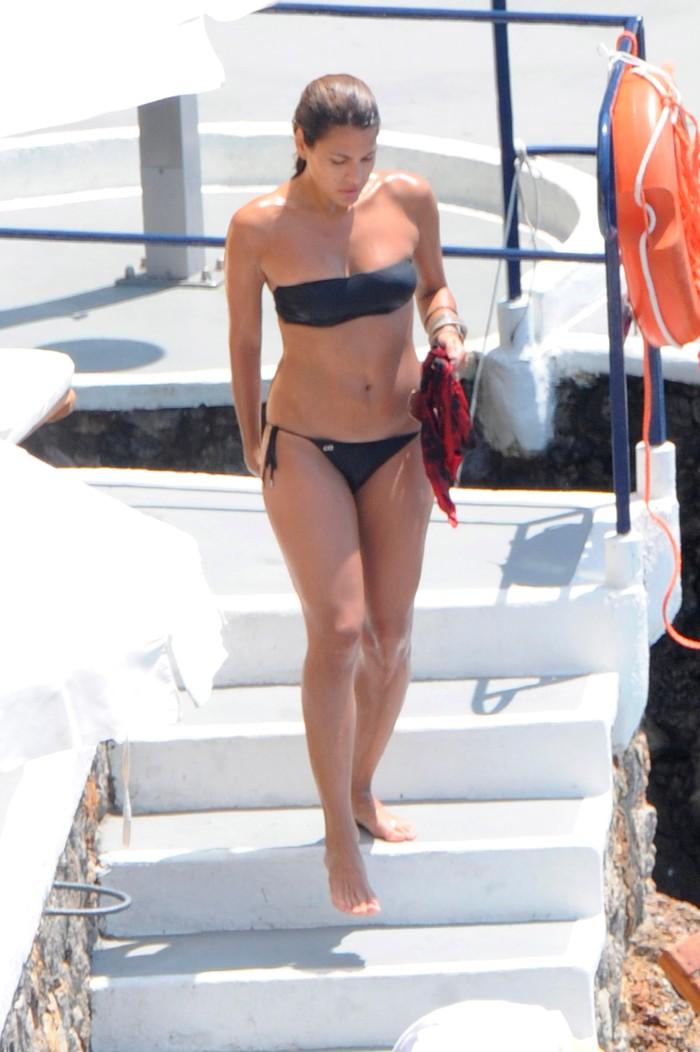 Eva Mendes bikini playa