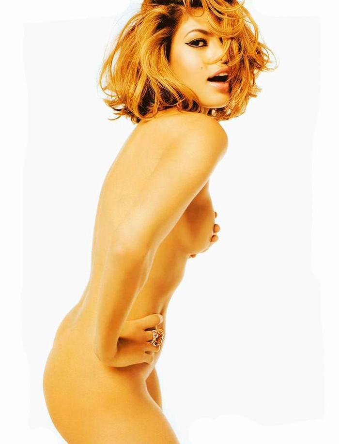 Eva Mendes completamente desnuda fotos