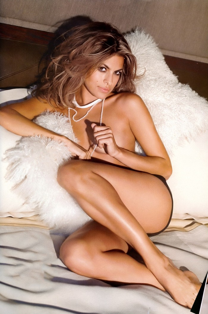 Eva Mendes desnuda portada revista