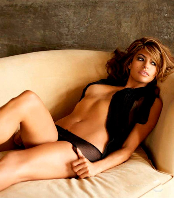 Eva Mendes desnuda revista Maxim
