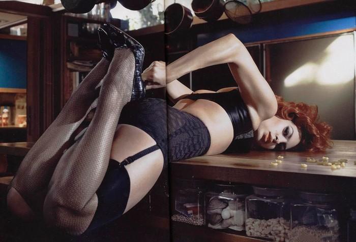 Eva Mendes liguero piernas