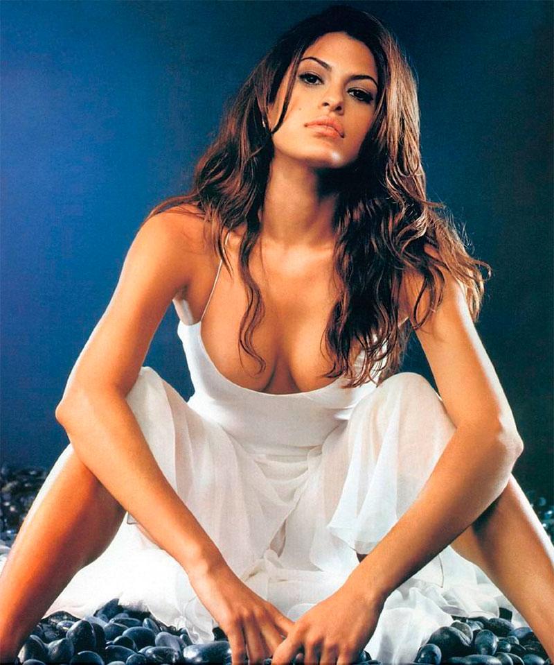 Eva Mendes Pechos Lencería Sexy