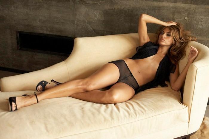 Eva Mendes posa desnuda portada