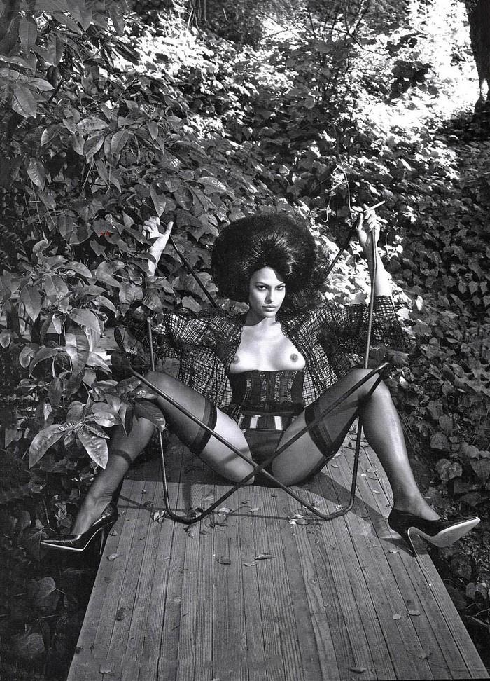 Eva Mendes tetas revista moda