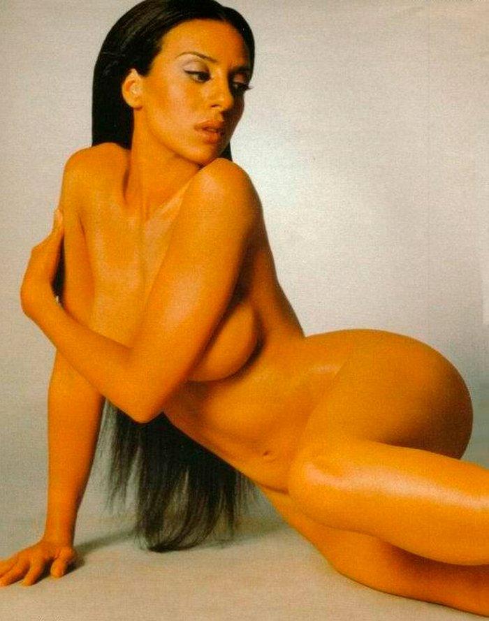 Mónica Naranjo cuerpo desnudo