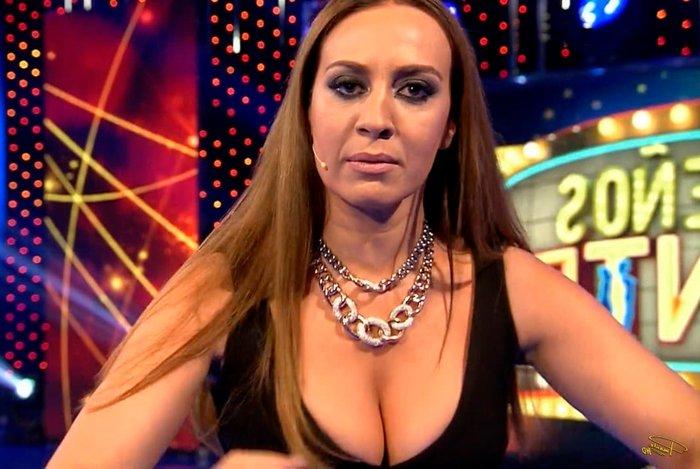 Mónica Naranjo super escote