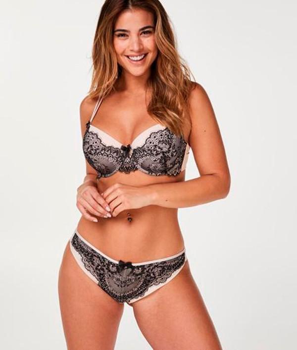 Lidia Santos modelo ropa tallas grandes
