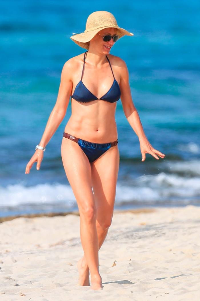 Susana Grisso bañador playa