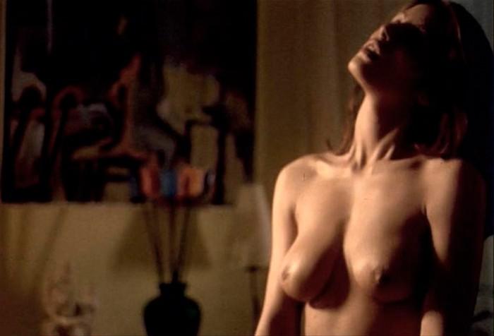 Ana Álvarez escenas sexuales