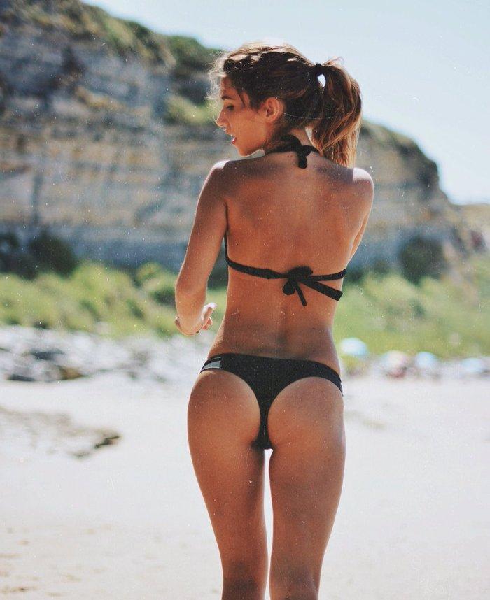 María Pombo culo en tanga