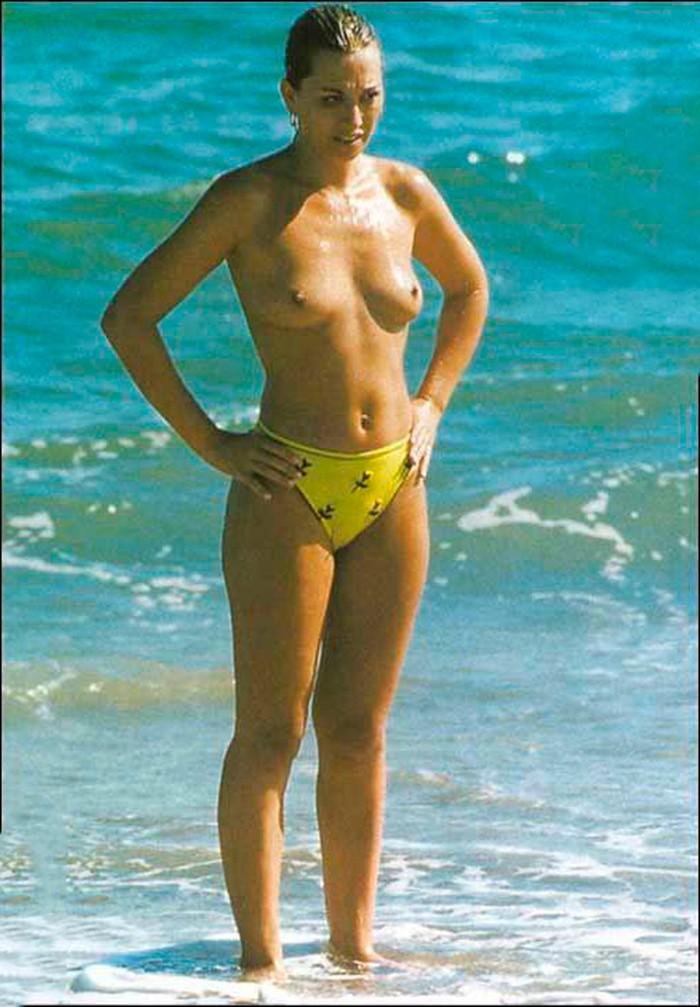 Belén Esteban paparazzi topless