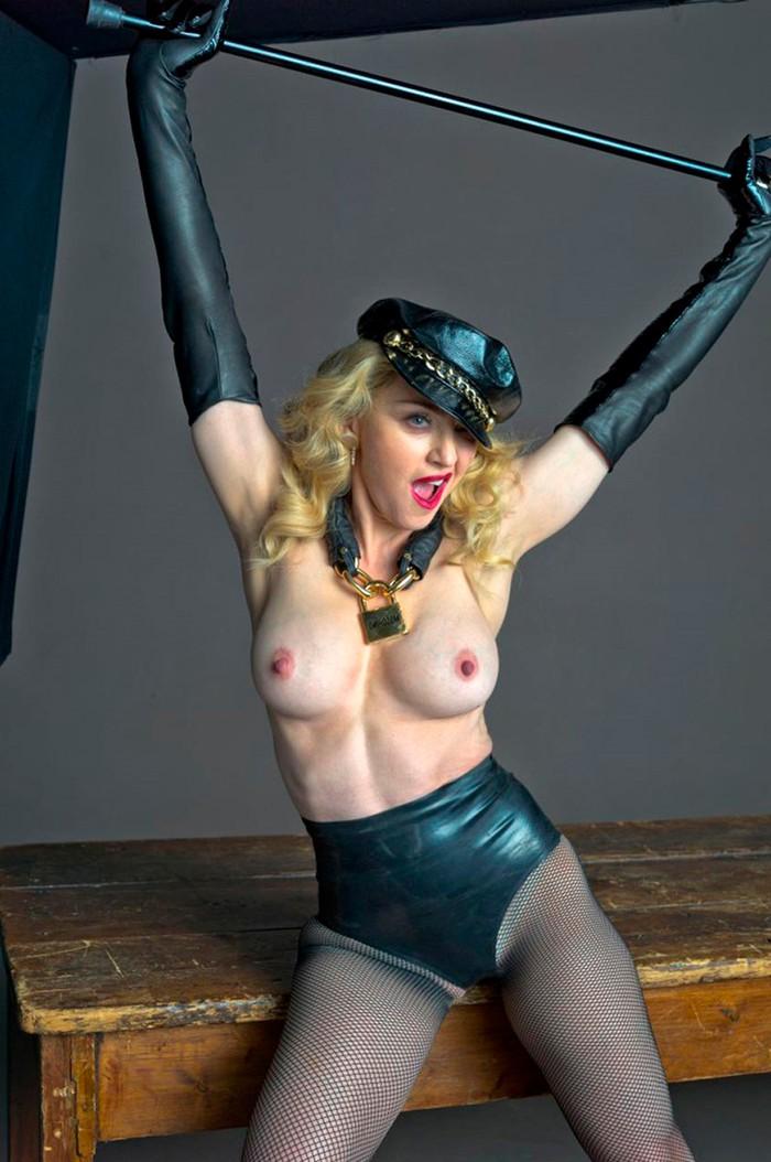Madonna topless foto