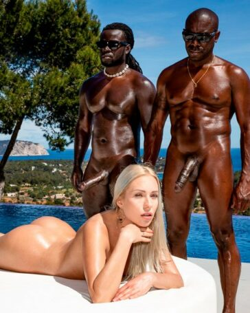 Angelika Grays estrena DP interracial