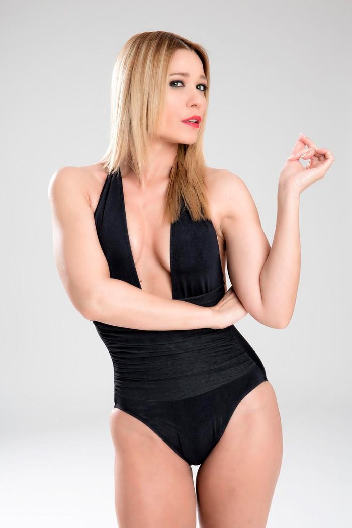 Carla Hidalgo fotografías sensuales