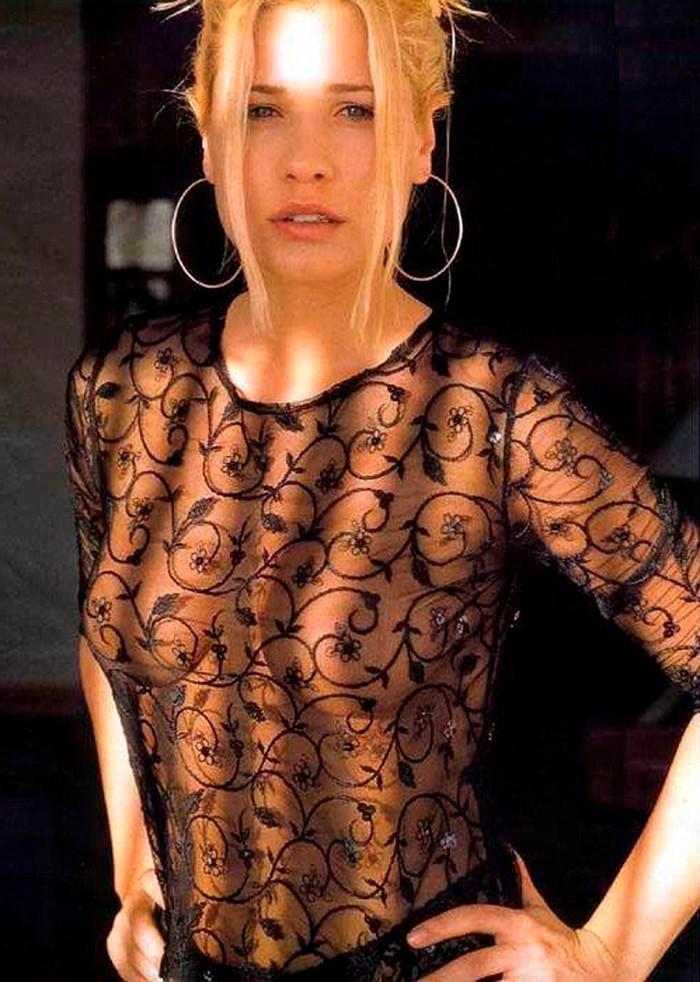 Carla Hidalgo vestido transparente