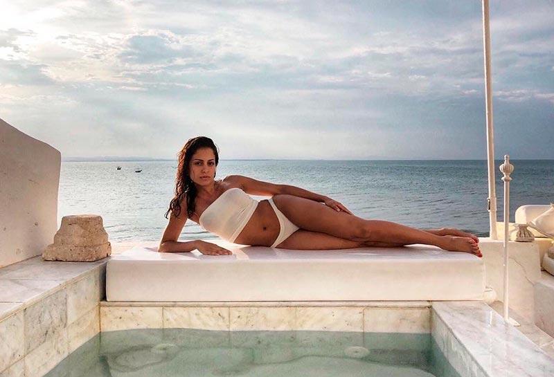 Hiba Abouk Fotos Bikini Hot 3