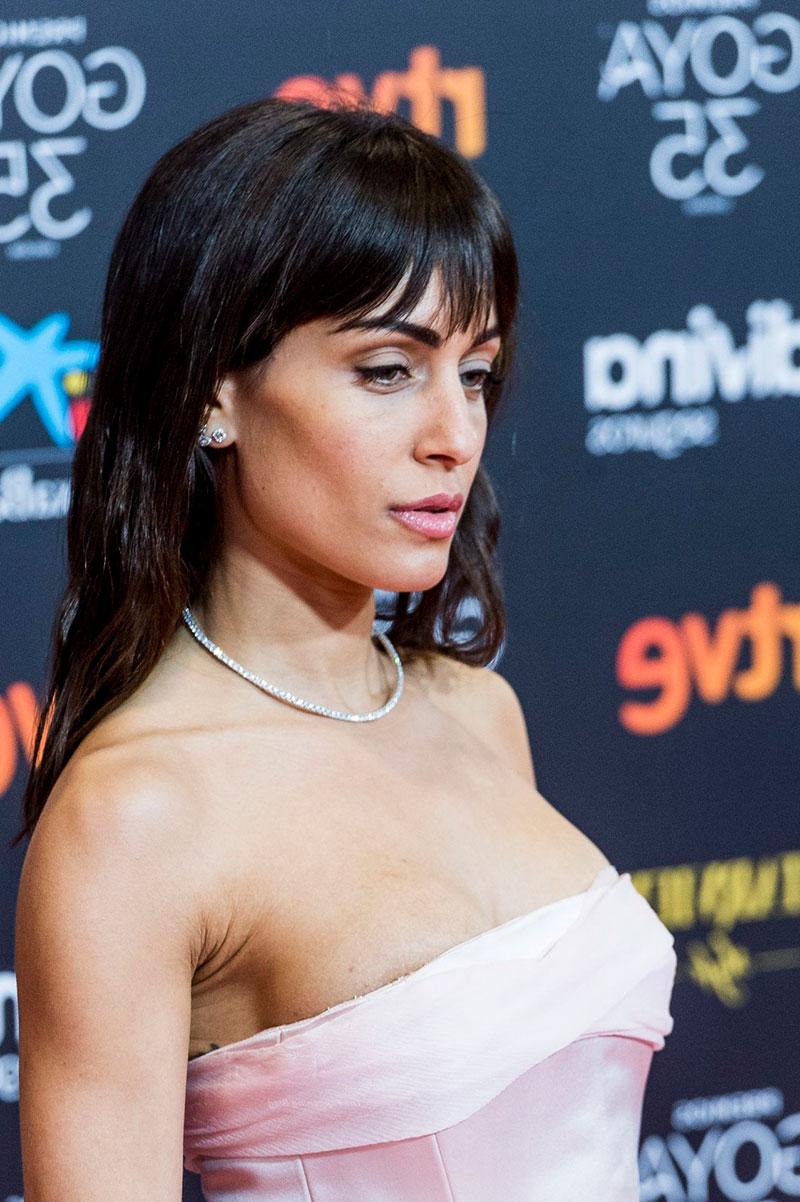 Hiba Abouk Vestido Sexy Estreno Cine 3