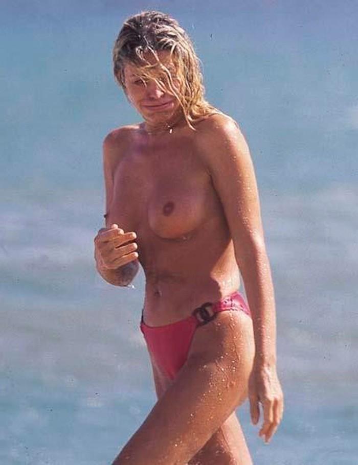 Bibiana Fernández topless en playa