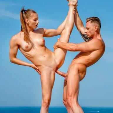 Mia Split gimnasta artística porno