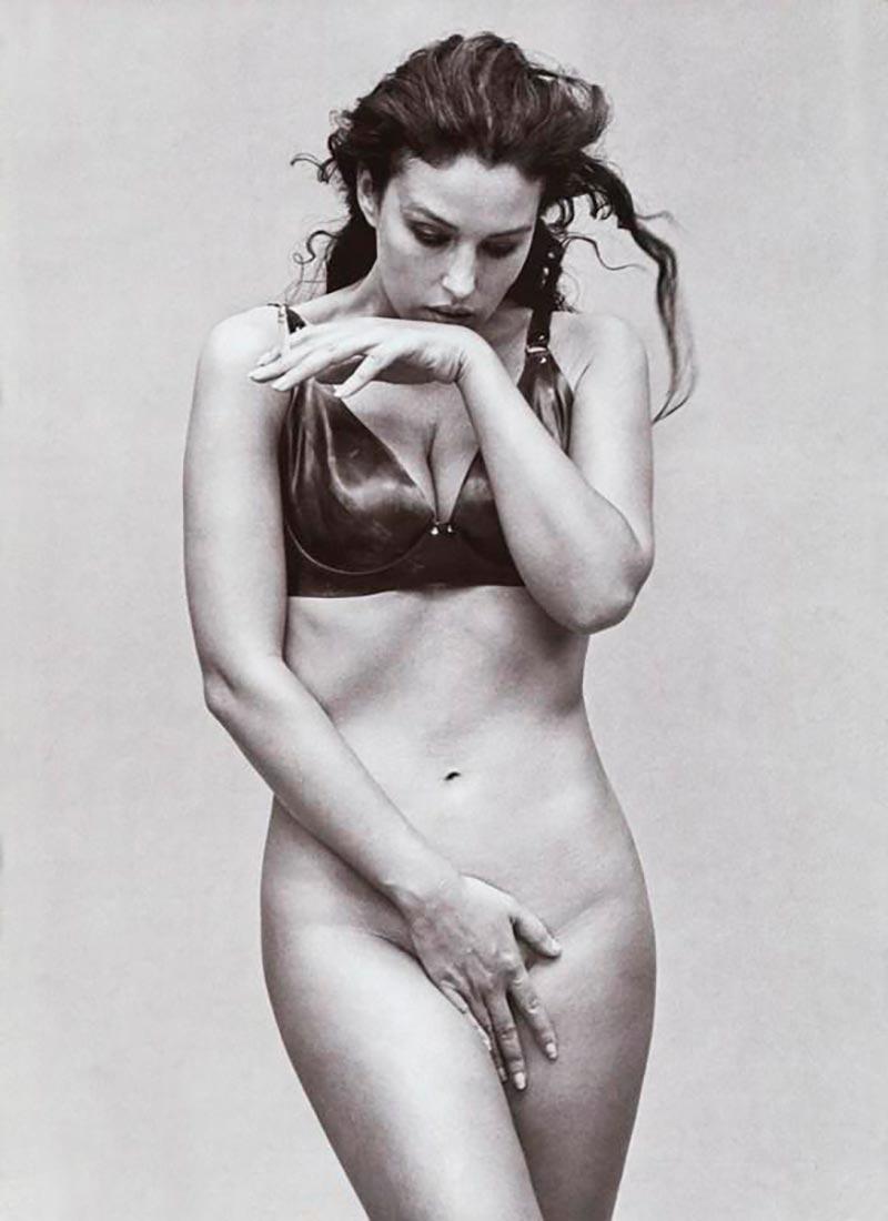 Monica Bellucci Desnuda Actriz Italiana 11