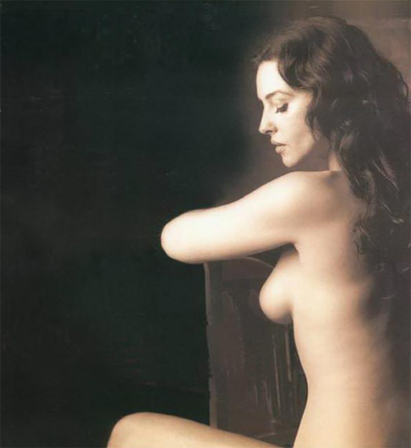 Monica Bellucci Desnuda Actriz Italiana 6